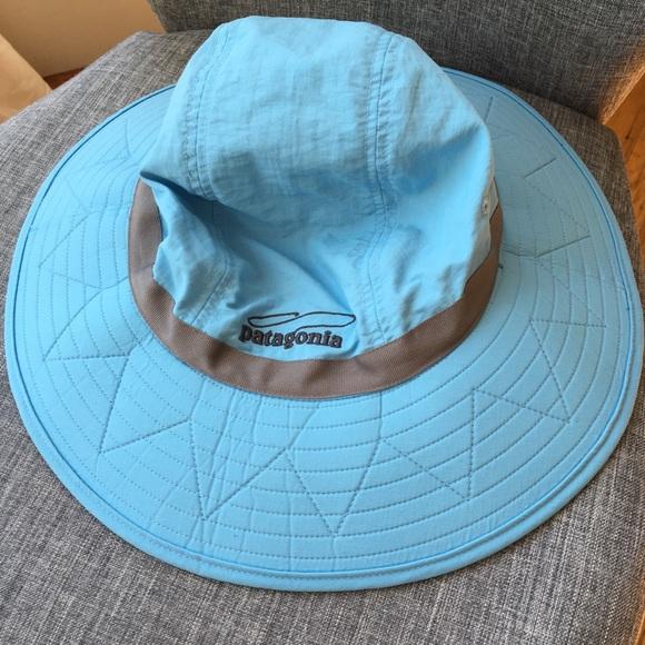 b94b913bf3d6f Patagonia sun booney hat. M 5b2ee67a2beb790bb7bdc66c